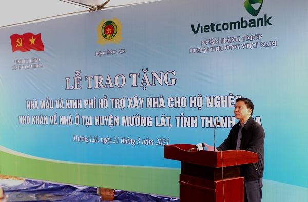 Vietcombank dành 30 tỷ đồng hỗ trợ xây nhà cho hộ nghèo, khó khăn tại huyện Mường Lát 2