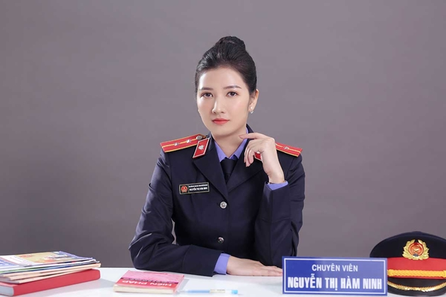 """Nữ chuyên viên VKSND TP Hồ Chí Minh """"đốn tim"""" cộng đồng mạng 1"""
