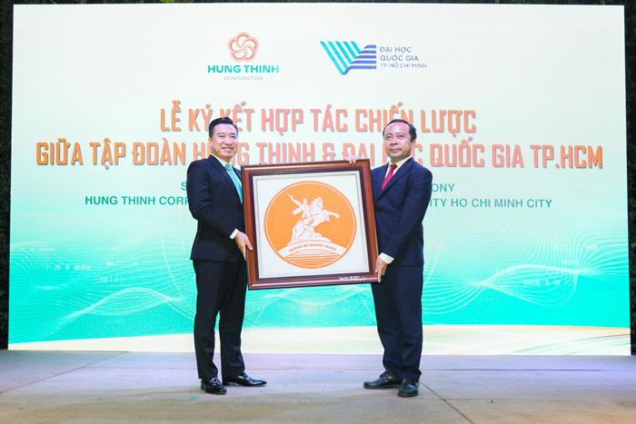 Tập đoàn Hưng Thịnh và Đại học Quốc Gia TP.HCM ký kết hợp tác chiến lược 6