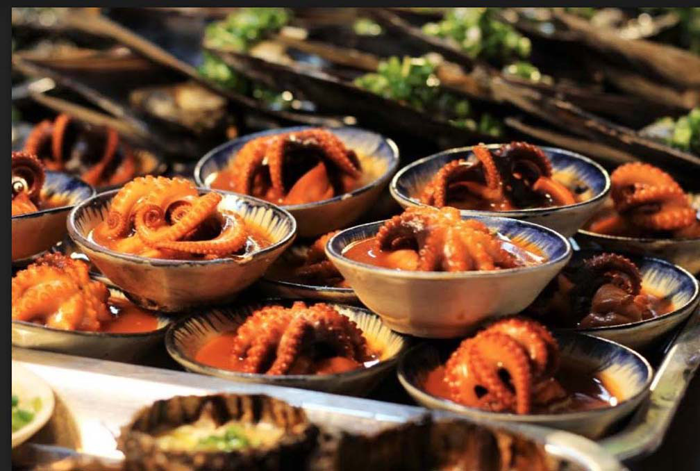"""Du lịch Phú Quốc: Ẩm thực """"chén"""" đặc trưng chỉ có ở chợ đêm 5"""
