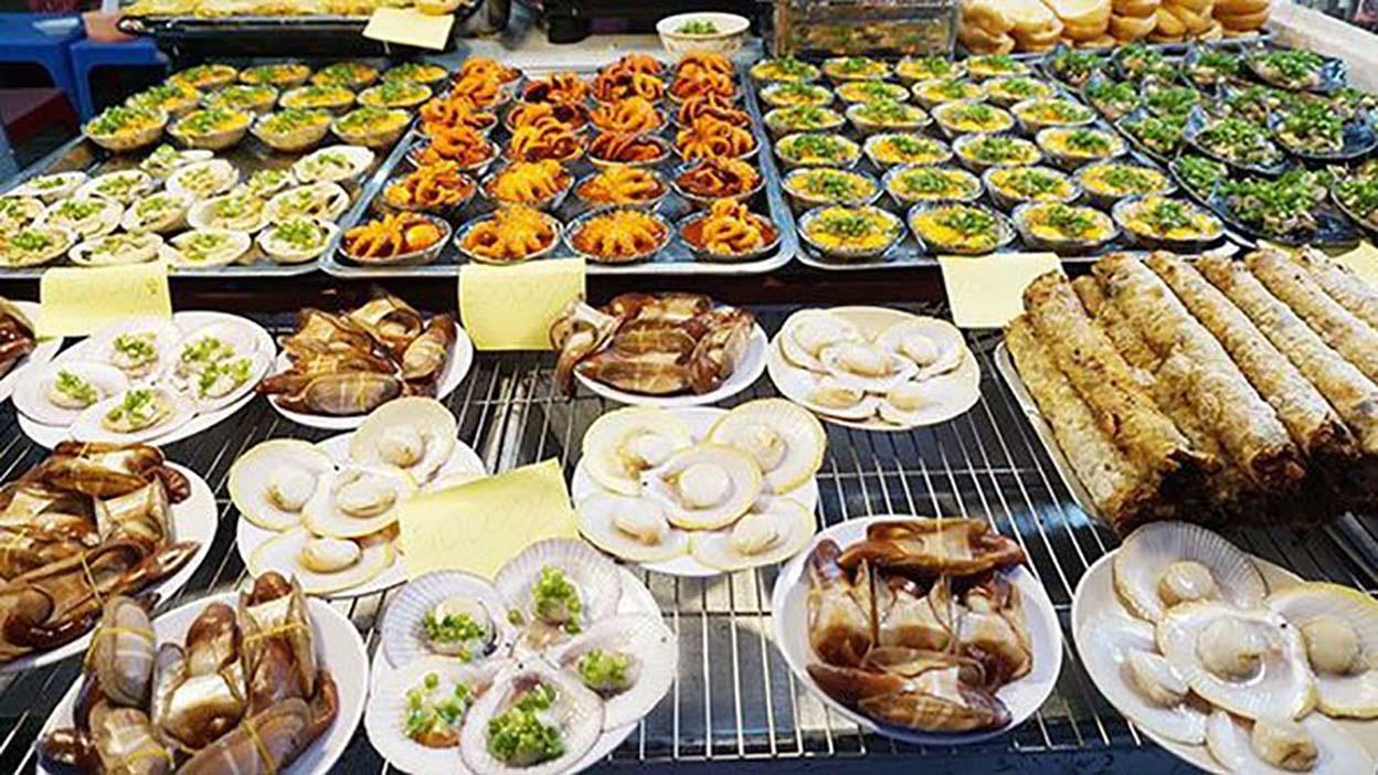 """Du lịch Phú Quốc: Ẩm thực """"chén"""" đặc trưng chỉ có ở chợ đêm 2"""