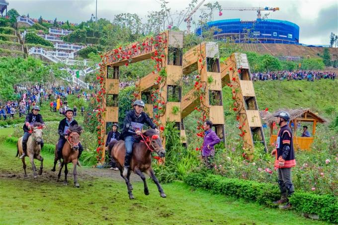 Hút khách về miền Tây Bắc hè này, Lào Cai tung loạt ưu đãi khủng tới 70% 5