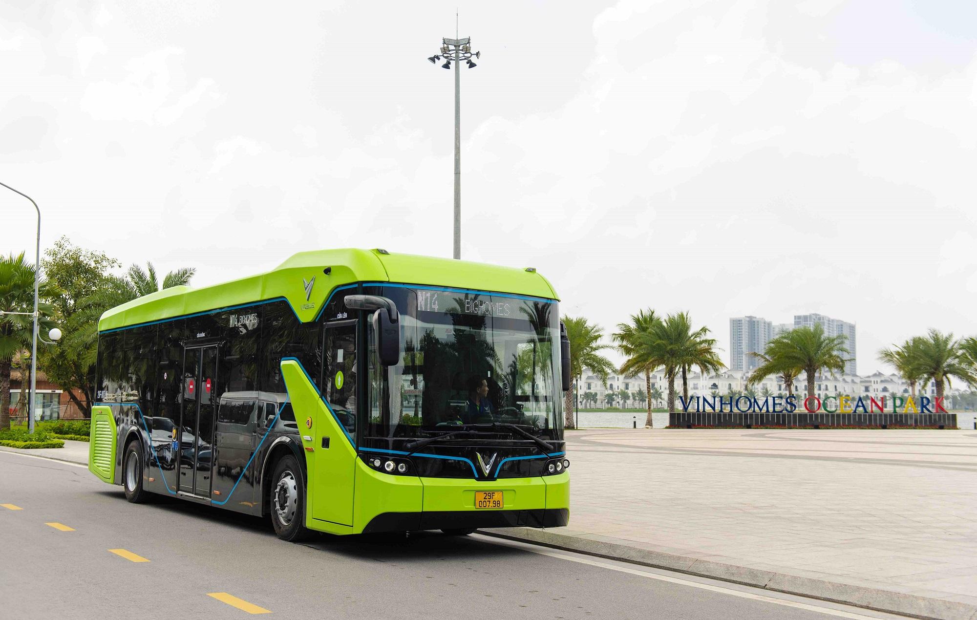 VinBus chính thức vận hành xe buýt điện thông minh đầu tiên tại Việt Nam 2