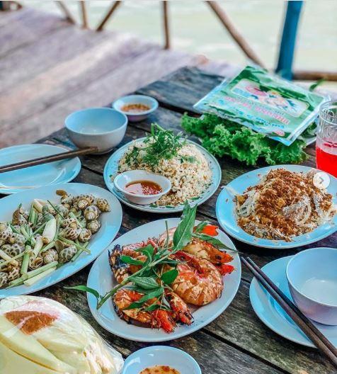 Khám phá tour ẩm thực Phú Quốc đặc sắc chỉ từ 50.000đ tại Phú Quốc United Center 2