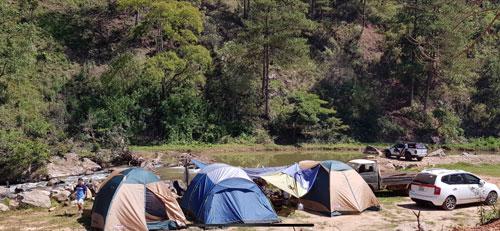 Du lịch cắm trại dã ngoại lên ngôi 3