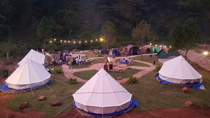 Du lịch cắm trại dã ngoại lên ngôi 4