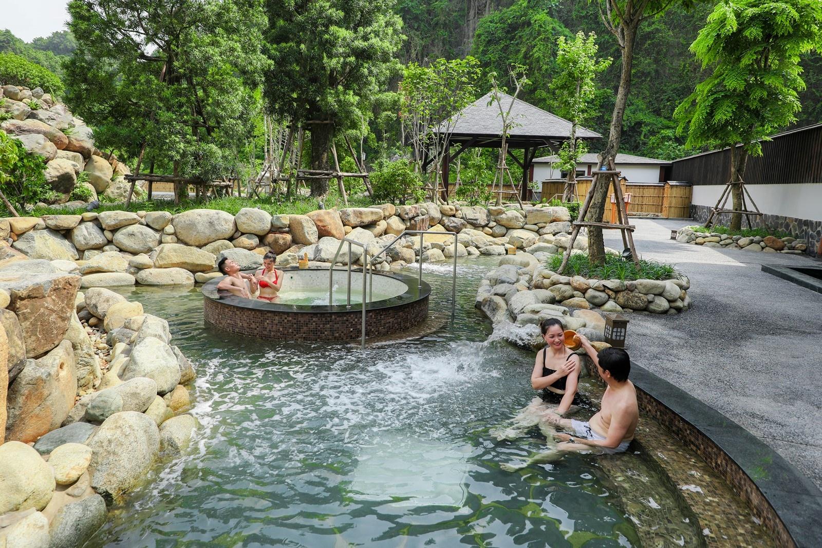 Suối khoáng nóng Quang Hanh - tâm điểm nghỉ dưỡng phía Bắc của giới thượng lưu 5