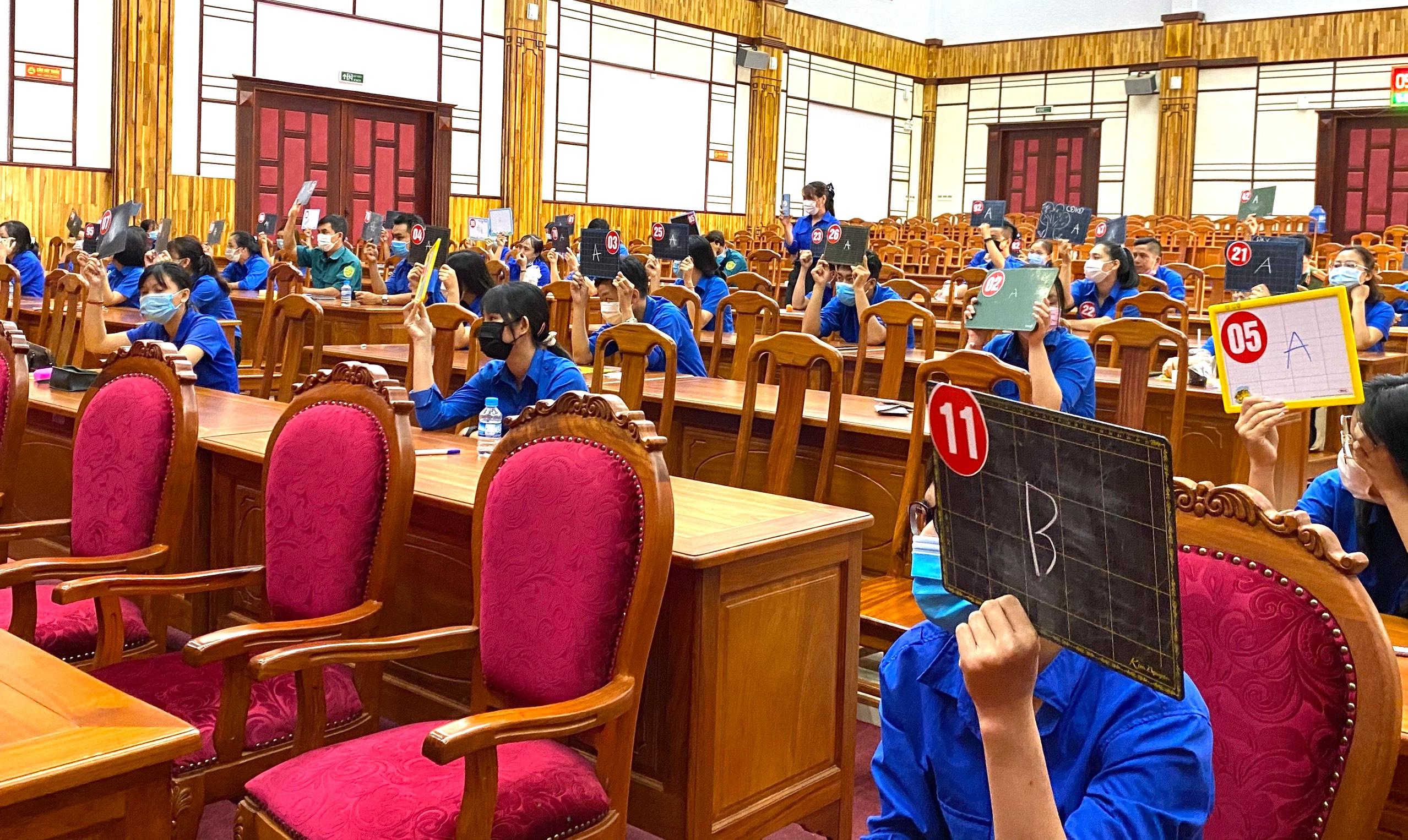 """Người trẻ tỉnh biên giới hào hứng với Hội thi """"Lá phiếu trách nhiệm"""" 5"""