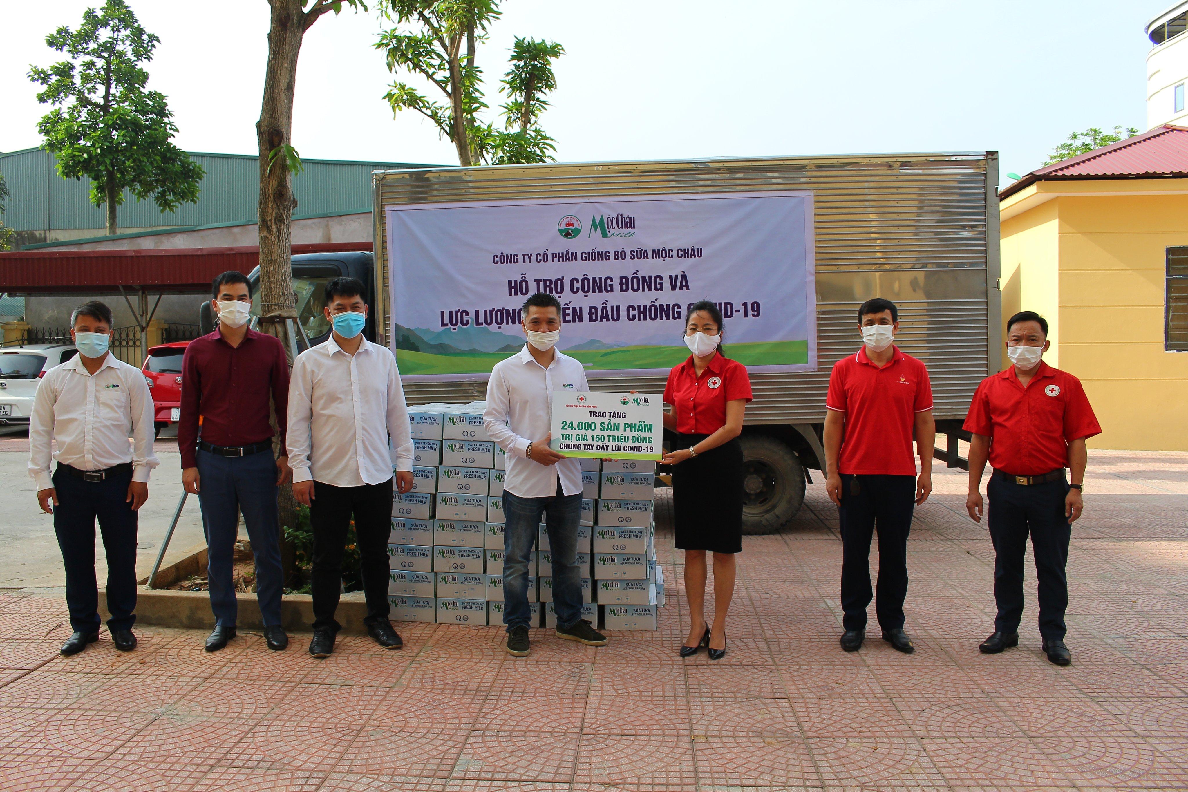 Mộc Châu Milk hỗ trợ hơn 50.000 sản phẩm sữa cho lực lượng tuyến đầu và người dân nơi tâm dịch Covid-19 5