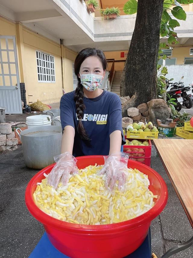 """Hoa hậu chứng khoán Mai Phương Thuý: Tôi không cần đi làm 5 năm vẫn """"rủng rỉnh"""" tiền tiêu, không thích lâm vào tình cảnh trớ trêu và kẹt về dòng tiền 2"""