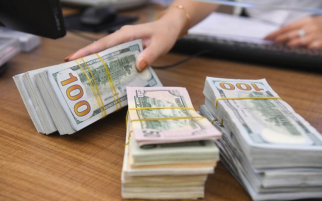 Ngân hàng Nhà nước sắp hạ mạnh giá mua USD? 1