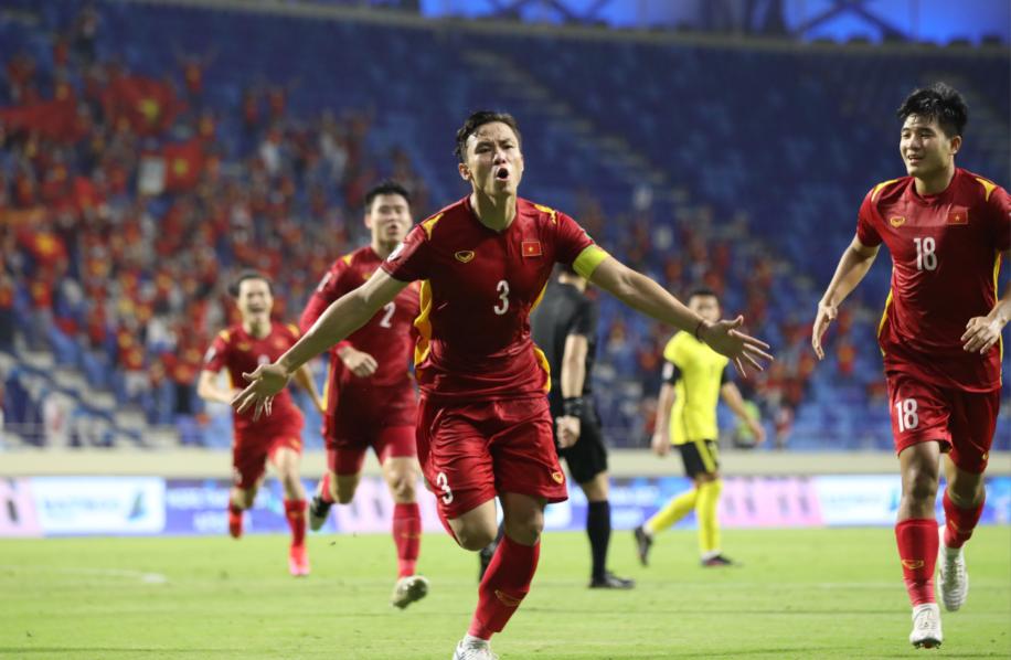 Tinh thần thi đấu và thể lực bển bỉ của đội tuyển Việt Nam, sẵn sàng tranh ngôi đầu bảng ở trận cuối 4