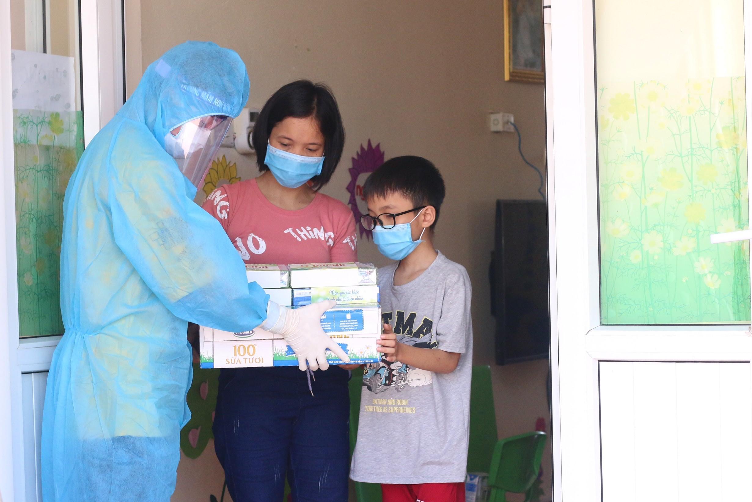 """""""Bạn khỏe mạnh, Việt Nam khỏe mạnh"""" - Chiến dịch của Vinamilk về sức khỏe cộng đồng và cùng ủng hộ Vaccine cho trẻ em 12"""