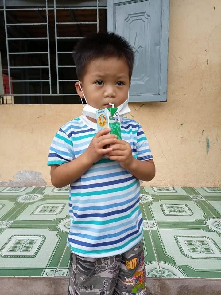 Quỹ sữa vươn cao Việt Nam và hành trình mang sữa đến với trẻ em Điện Biên giữa đại dịch 4