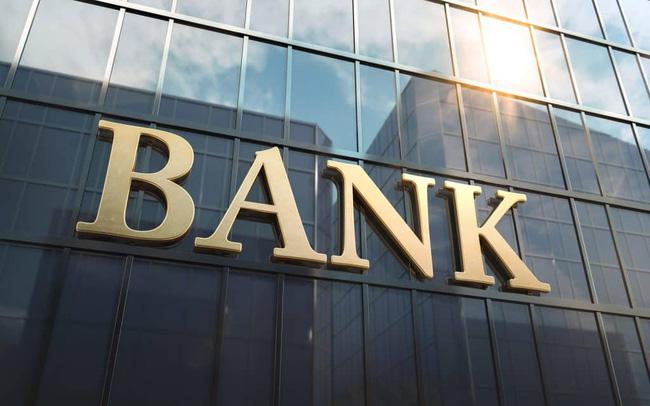 Chuyên gia nói gì về việc ngân hàng đồng loạt lãi cao bất chấp dịch bệnh? 1
