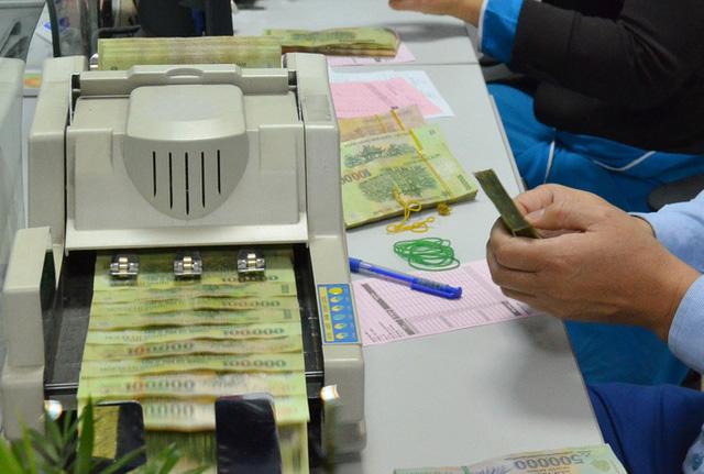 Lại nóng cuộc đua tăng vốn ngân hàng 9