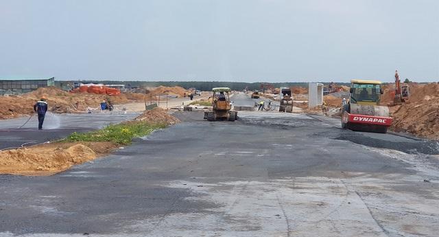 """Ninh Thuận phát hiện hàng loạt dự án bất động sản bán """"lụi"""" 3"""