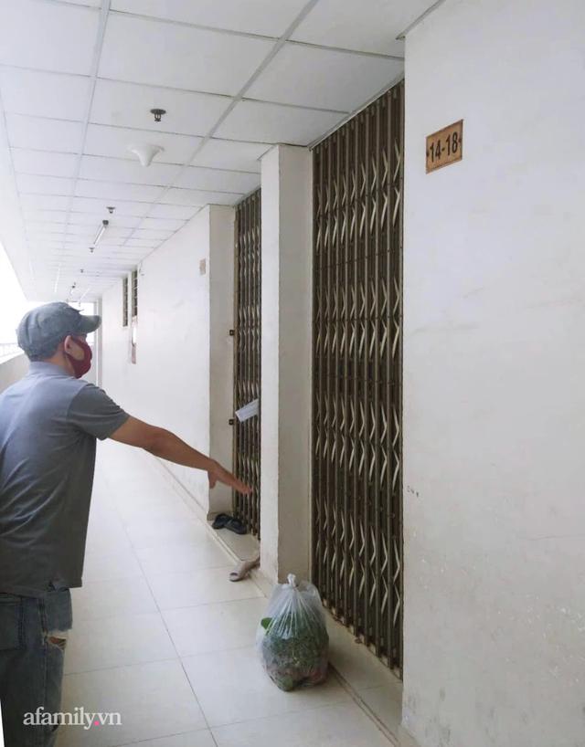 """Chưa từng có tiền lệ: Cư dân Sài Gòn tiếp nhau từng mớ rau, nắm ớt, sẵn sàng chi viện cho cả đồng nghiệp mà ngày thường vốn """"chẳng ưa"""" 3"""