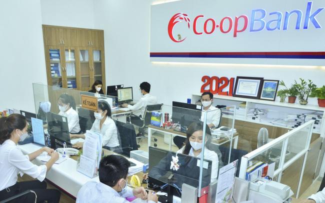 Hoạt động tại Ngân hàng Hợp tác xã Co-opBank (ảnh minh hoạ)