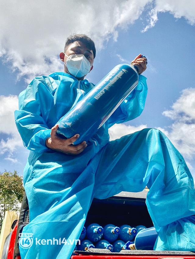 """""""Cha đẻ"""" ATM gạo cho ra đời ATM Oxy và câu chuyện bình oxy cứu sống một người cha ở Sài Gòn trong đêm 9"""