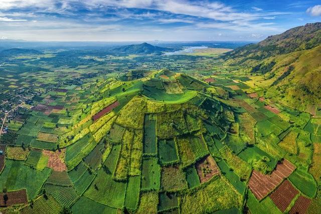 """Những điểm đến đẹp như tranh vẽ giữa đại ngàn tại vùng đất """"huyền thoại"""" Gia Lai: Hẹn một ngày """"thắng Côvy"""", ta lại đi 7"""